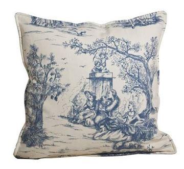 Resim Yastıkminder Koton Ekru Mav Saray Bahçesi Dinlenme Tasviri Toile Du Jouy Desen Dekoratif Yastık