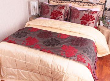 Resim Tafta Bordo Kırmızı Çiçekler Yatak Throw Şalı Runneri