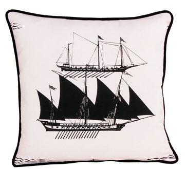 Resim Koton Beyaz Pupa Yelken Marin Dekoratif Yastık Kılıfı
