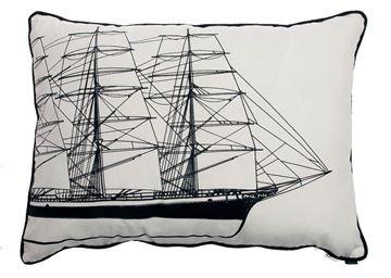 Resim Yastıkminder Koton Siyah Beyaz Yelken Yat Desenli Yastık