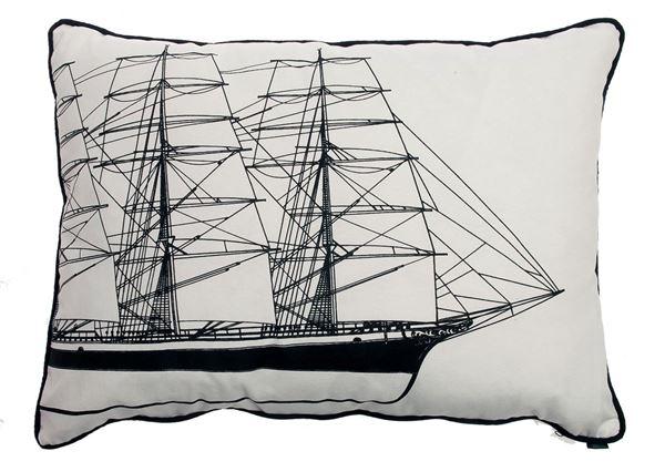 resm Yastıkminder Koton Siyah Beyaz Yelken Yat Desenli Yastık